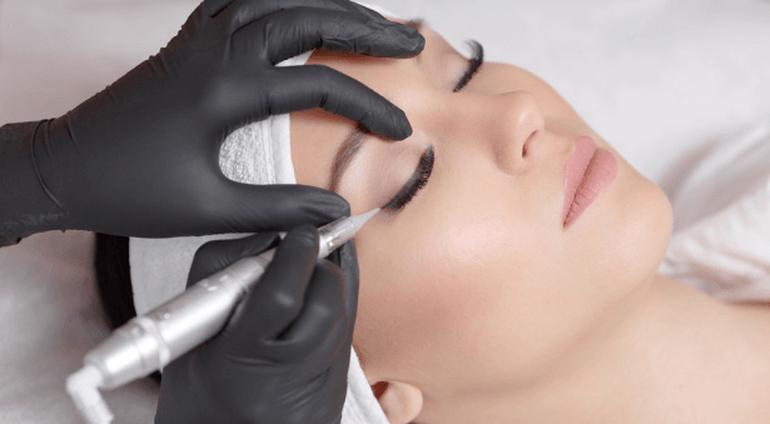 Makijaż permanentny - Prezent • Katalog Marzeń