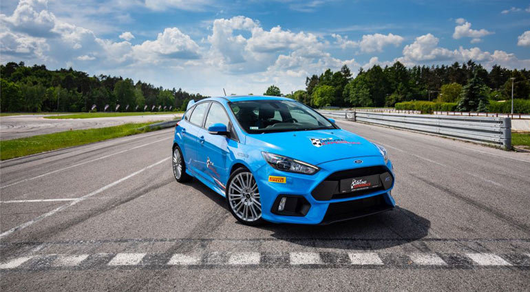 Ford Focus RS na torze
