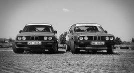 Rajdowa jazda BMW 318is po torze co-drive